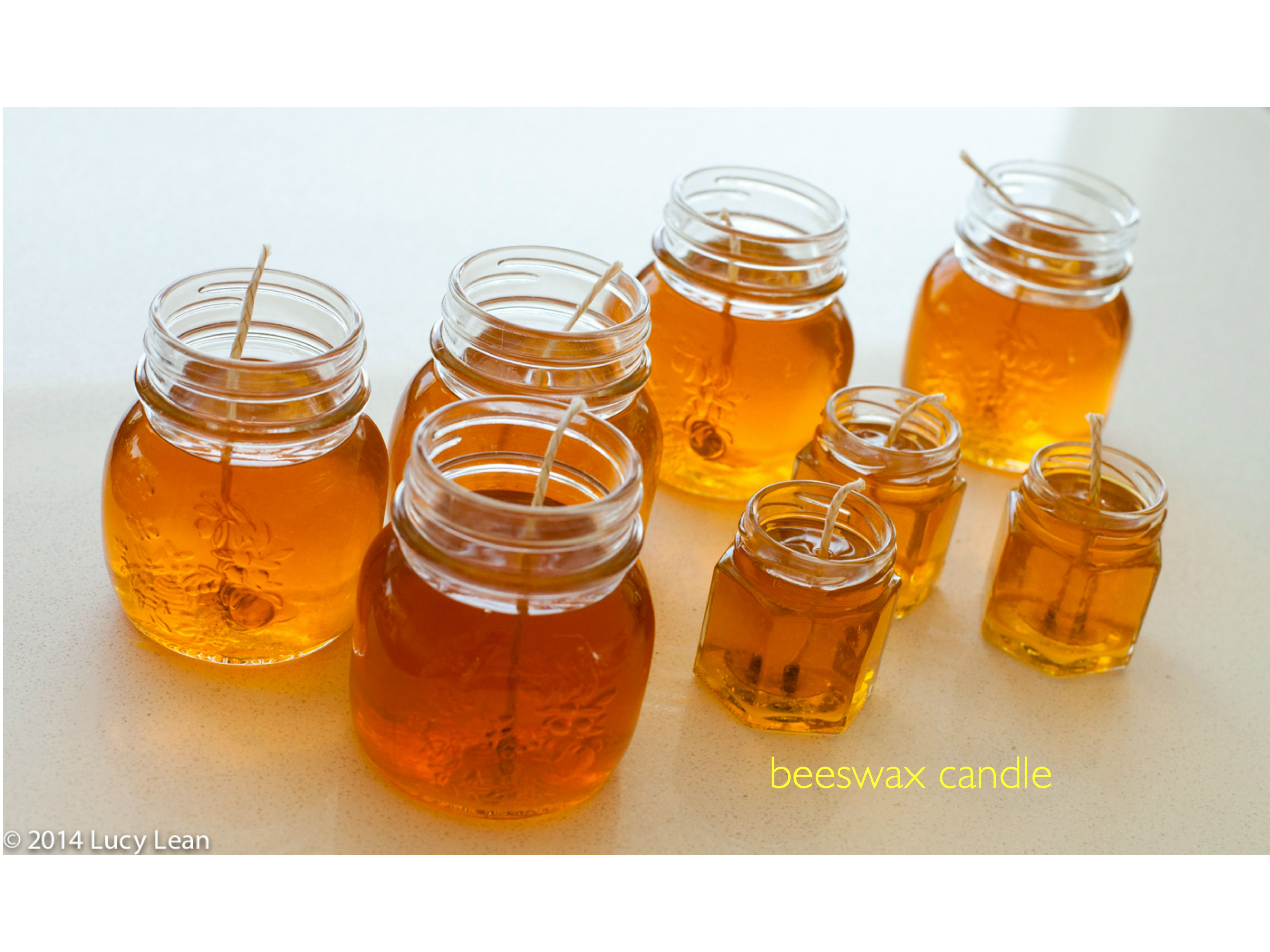 Moltenwax in jars