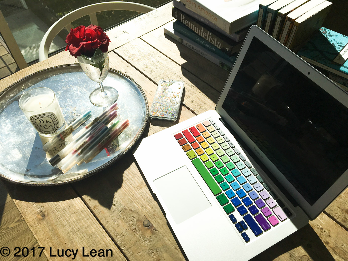 Lean Luxury to Brighten your Desk in 2017