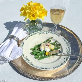Poached Quail Eggs and Asparagus – Spring Forward Luxury
